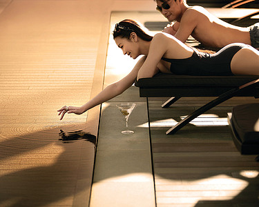 Travel Pr News Four Seasons Hotel Hong Kong Attracts With The Best Swimming Pool In Town This