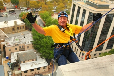 Choice Hotels International President and CEO rappels down 15 stories at the 2 Bethesda Metro Center to raise awareness on addiction