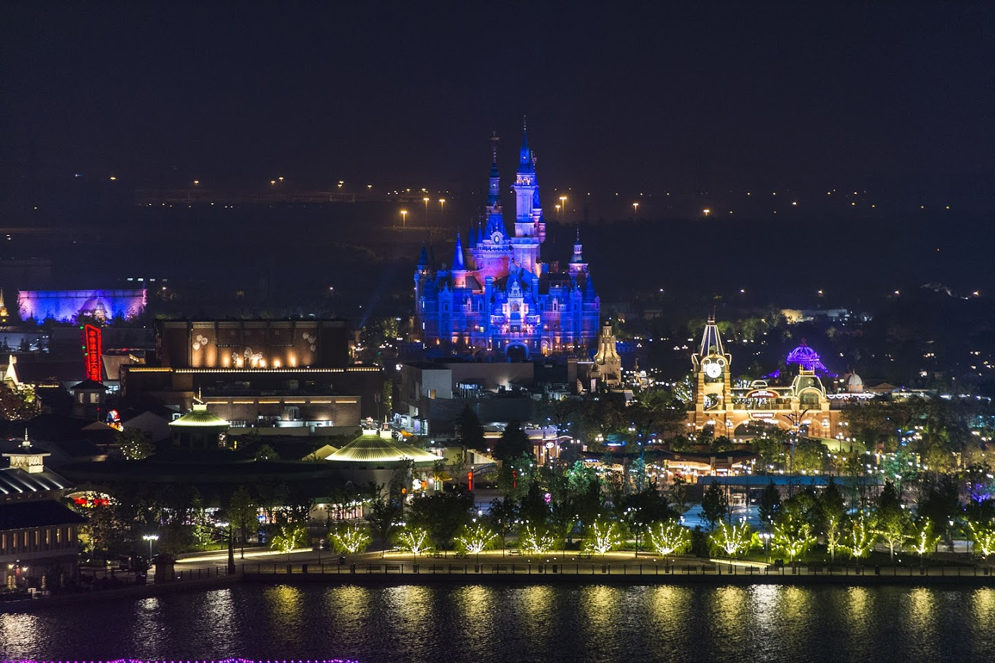 Disney to mark the opening of its first resort in mainland China with one-of-a-kind grand opening celebration