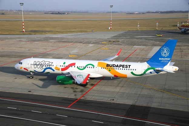 Wizz Air unveils its new livery with Budapest 2024 Olympic and Paralympic design elements at Budapest Airport