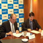 Aerolineas and Sol have signed and agreement that will permit better air conectivity in the Country