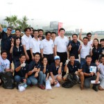 The team members of Hilton Pattaya led by Dhaninrat Klinhom, Marketing Communications Manager (fifth from right, standing) recently participated in the 'International Coastal Cleanup 2012' organized by the Coca-Cola system in Thailand, inclusive of Coca-Cola (Thailand) LTD, ThaiNamthip LTD, Haad Thip PLC. Credit: Hilton Hotels & Resorts