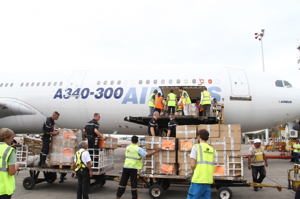 Philippine Airlines and Airbus collaboration delivered aid to Yolanda victims in Philippines