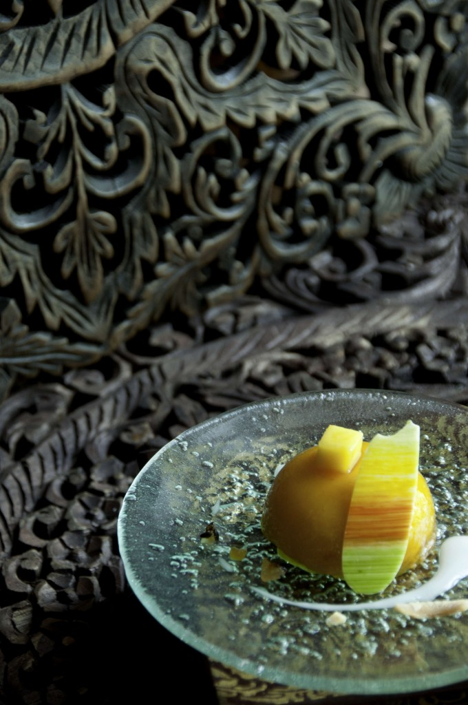 "Siam Kempinski Hotel Bangkok Pastry chef Alfred Merkel's ""Siam Passion"" wins Kempinski Dessert of the Year 2014"