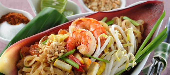 "Bangkok named ""Foodiest City"" at the ""Tastiest Fast Feasts"" Awards by the British culinary website Chowzter"