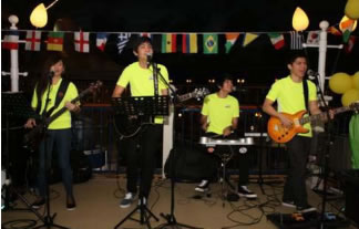 Samba and upbeat music will be played at the bars of different Star Cruises' ships, with our crew outfitted in  football jerseys to embrace the football celebration on the fleet.