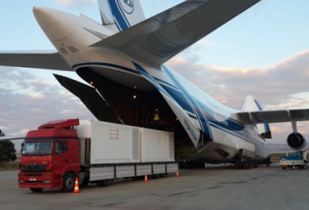 Air Partner partners with Ruslan International to move an entire portable hospital on behalf of a Middle Eastern ruling family