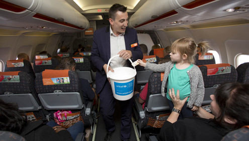 Member of Parliament for Luton South Gavin Shuker joins easyJet onboard to raise funds in support of UNICEF in the global fight against Polio