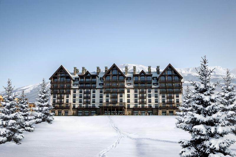 Marriott International Autograph Collection welcomes two luxurious hotels from the Shahdag Mountain Resort in Azerbaijan into its collection