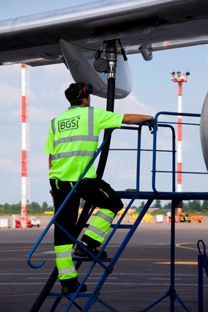 Baltic Ground Services signs 7-year long cooperation agreement with Radom-Sadków Airport in Poland
