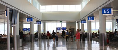 Charleston International Airport: United Airlines moves from Concourse A to gates B8 and B10 in Concourse B