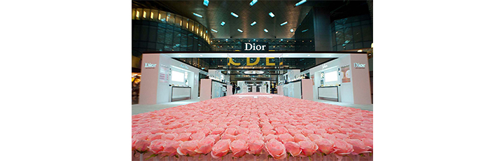 Qatar Duty Free: 6,000 roses hand-planted for Dior Les Parfums podium at Hamad International Airport