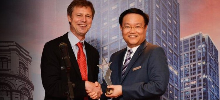 Marco Polo Wuhan awarded Creative Partner Trophy from the British Consulate General