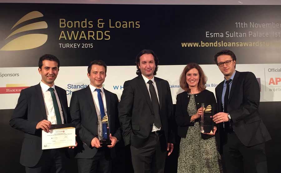 """Turkish Airlines awarded """"Trade and Export Finance Deal of the Year 2015"""" by Global Financial Conferences at Bonds & Loans 2015 Turkey"""