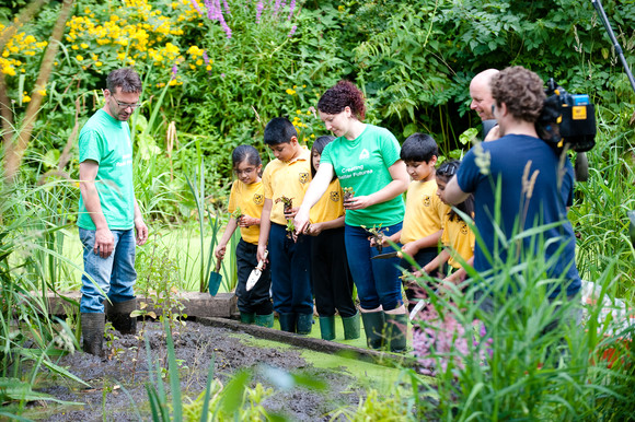 Heathrow Community Fund announced £250,000 funding for local charities and community groups