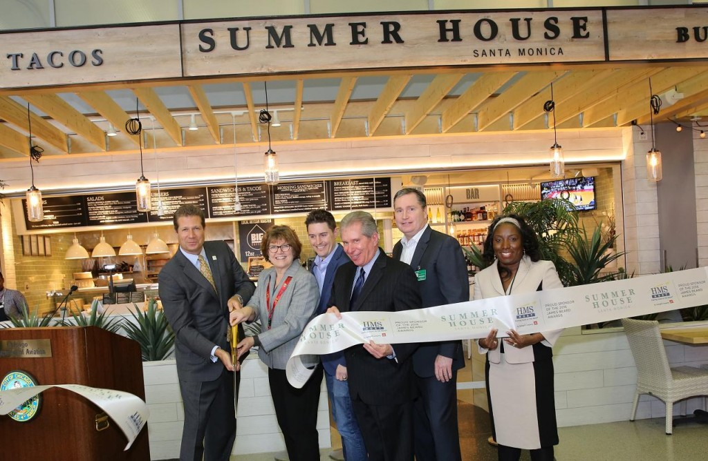 HMSHost opens Summer House Santa Monica at Chicago O'Hare International Airport