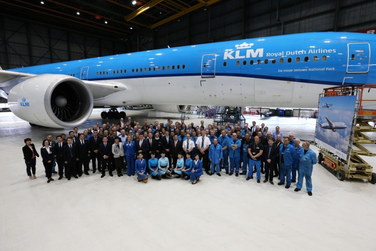 3 KLM Royal Dutch Airlines signs with Xiamen Airlines for the maintenance of General Electric GEnx engines on Xiamen Airlines' new Boeing 787s