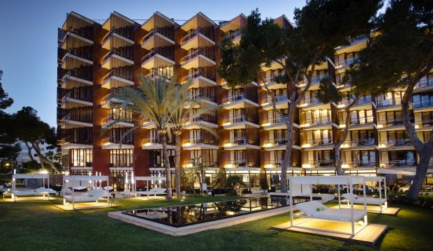 Abre sus puertas el lujoso hotel Gran Meliá de Mar, uno de los rincones más bellos del Mediterráneo