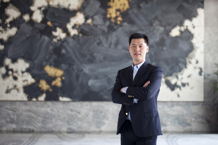 "During his career at DoubleTree by Hilton Beijing, Vincent won the 2015 ""APAC Best Seller of DoubleTree by Hilton Brand"" and ""Sales Hotelier of the Year"" awards by The Hotelier Awards due to his outstanding leadership. Credit: Hilton Hotels & Resorts."