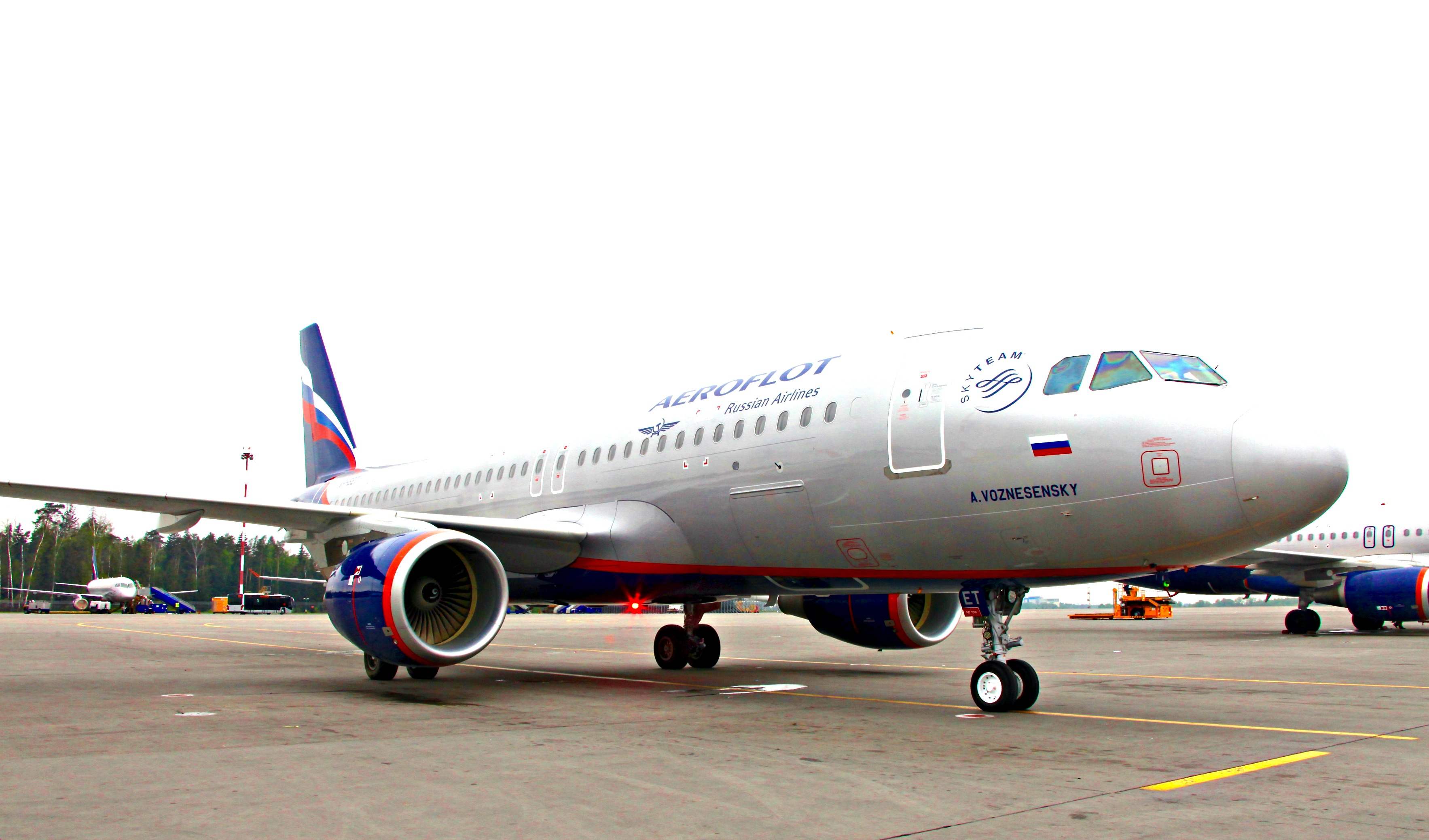 Aeroflot took delivery of two new A320s