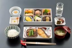 Japan Airlines to provide Chef Kurogi's new Japanese menu on more international routes starting June 1