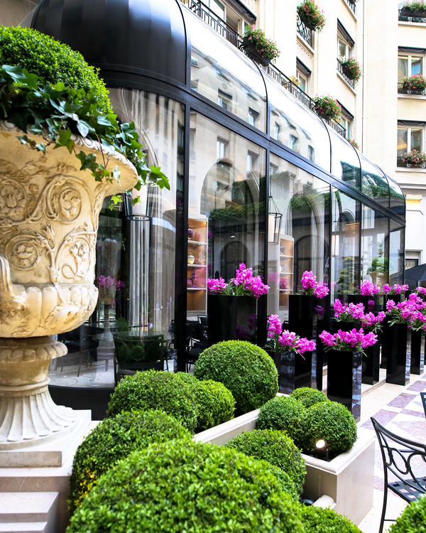 Luxury Travel Advisor magazine names Four Seasons Hotel George V best luxury hotel in Paris