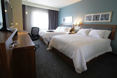 Conveniently located between Irapuato and Salamanca, Hampton Inn & Suites by Hilton Salamanca provides easy access to several industry parks, such as the Mazda plant, PEMEX refinery and Inforum Irapuato. Credit: Hampton by Hilton.