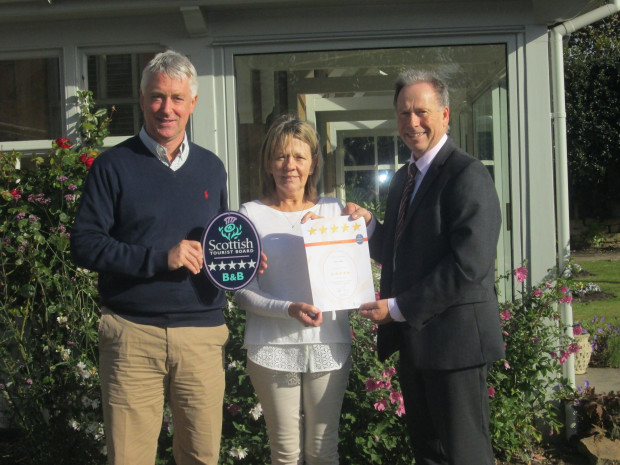Fionn Lodge in the Highlands receives VisitScotland's Five Star B&B Quality Assurance award
