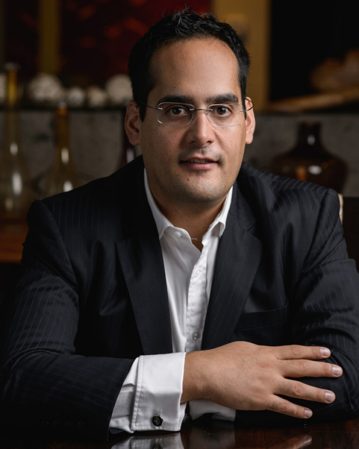 Four Seasons Resort Costa Rica at Peninsula Papagayo appoints Roger Perez as Director of Food and Beverage