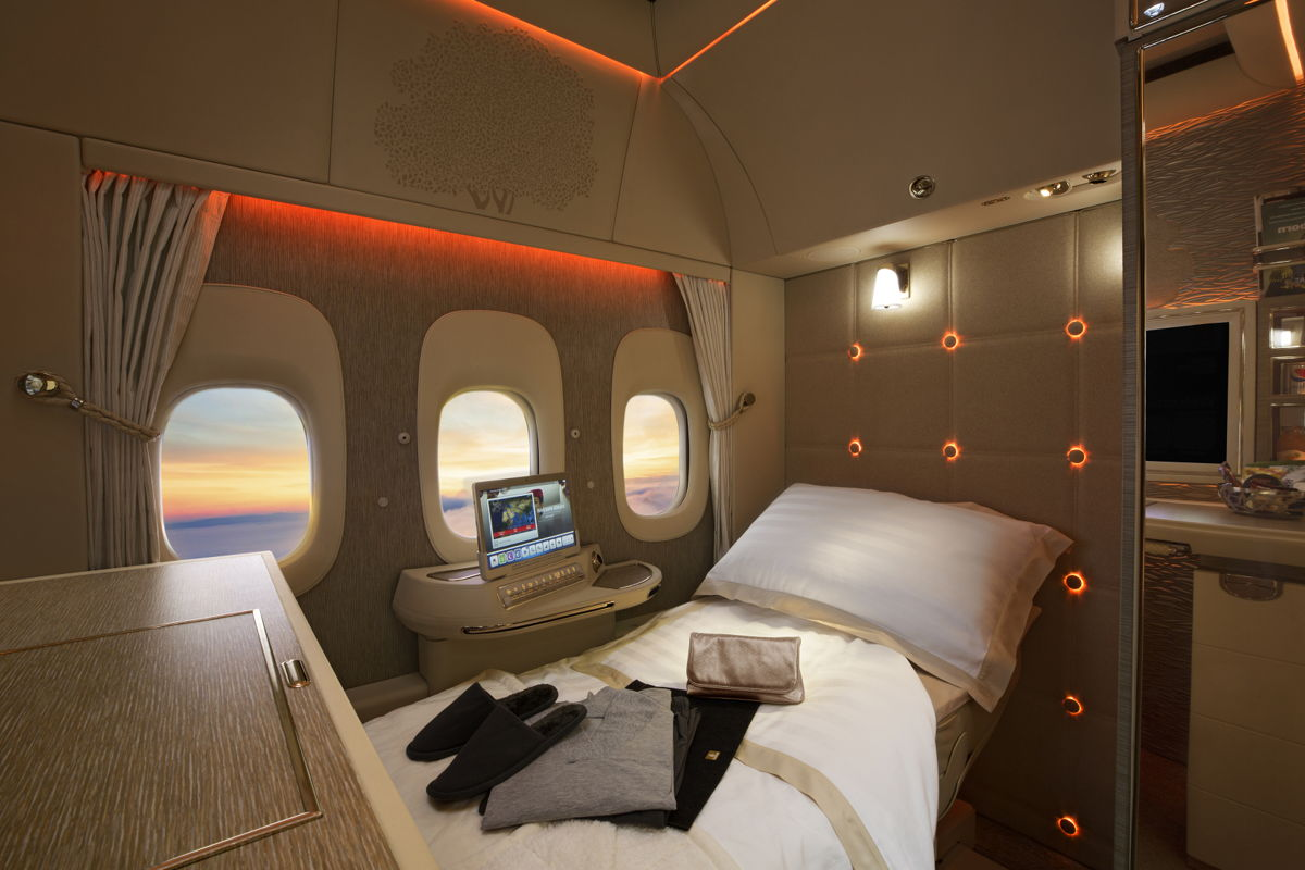 Travel Pr News Emirates To Showcase Its New Boeing 777 300er First Class Private Suite At The Arabian Travel Market 2018